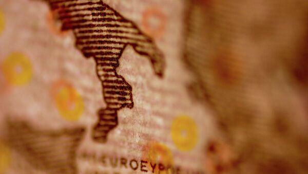 euro con lo Stivale sopra - Sputnik Italia