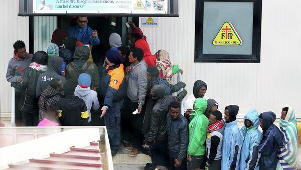 Centro di immigrazione a Lampedusa. 19 febbraio 2015. - Sputnik Italia