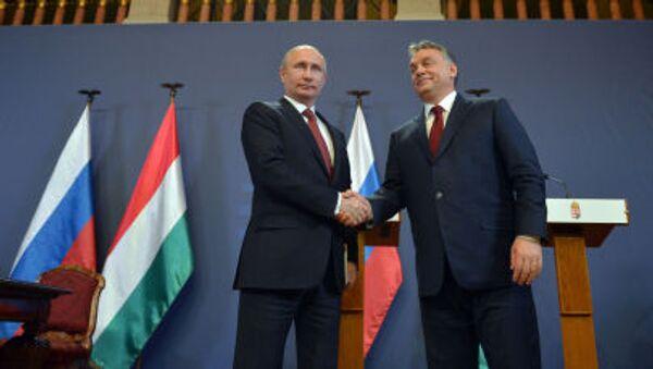 Президент России Владимир Путин и премьер-министр Венгрии Виктор Орбан - Sputnik Italia