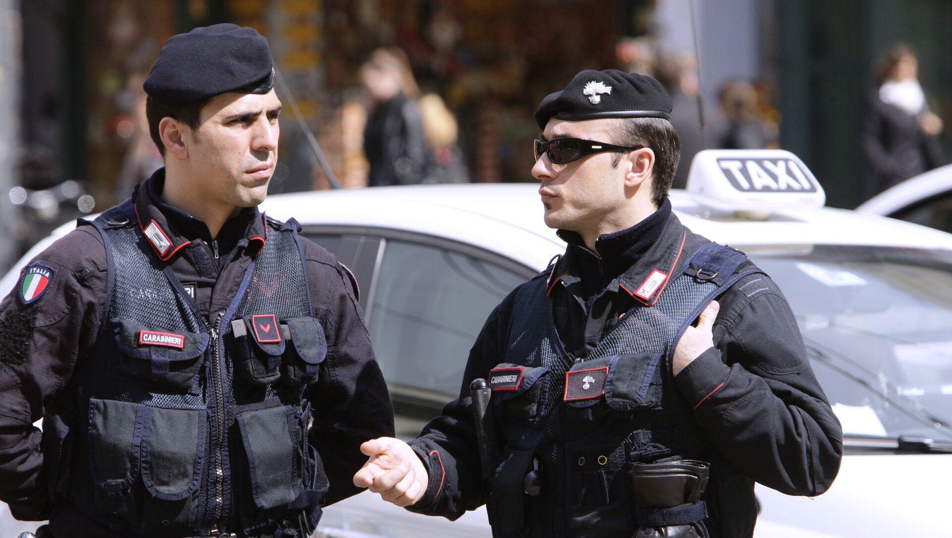 La polizia italiana - Sputnik Italia, 1920, 10.02.2021