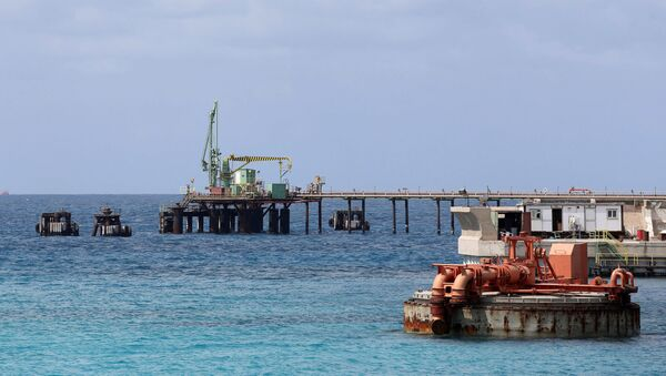 Un porto petrolifero in Libia - Sputnik Italia
