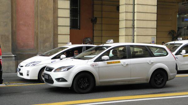 Taxi in Italia - Sputnik Italia