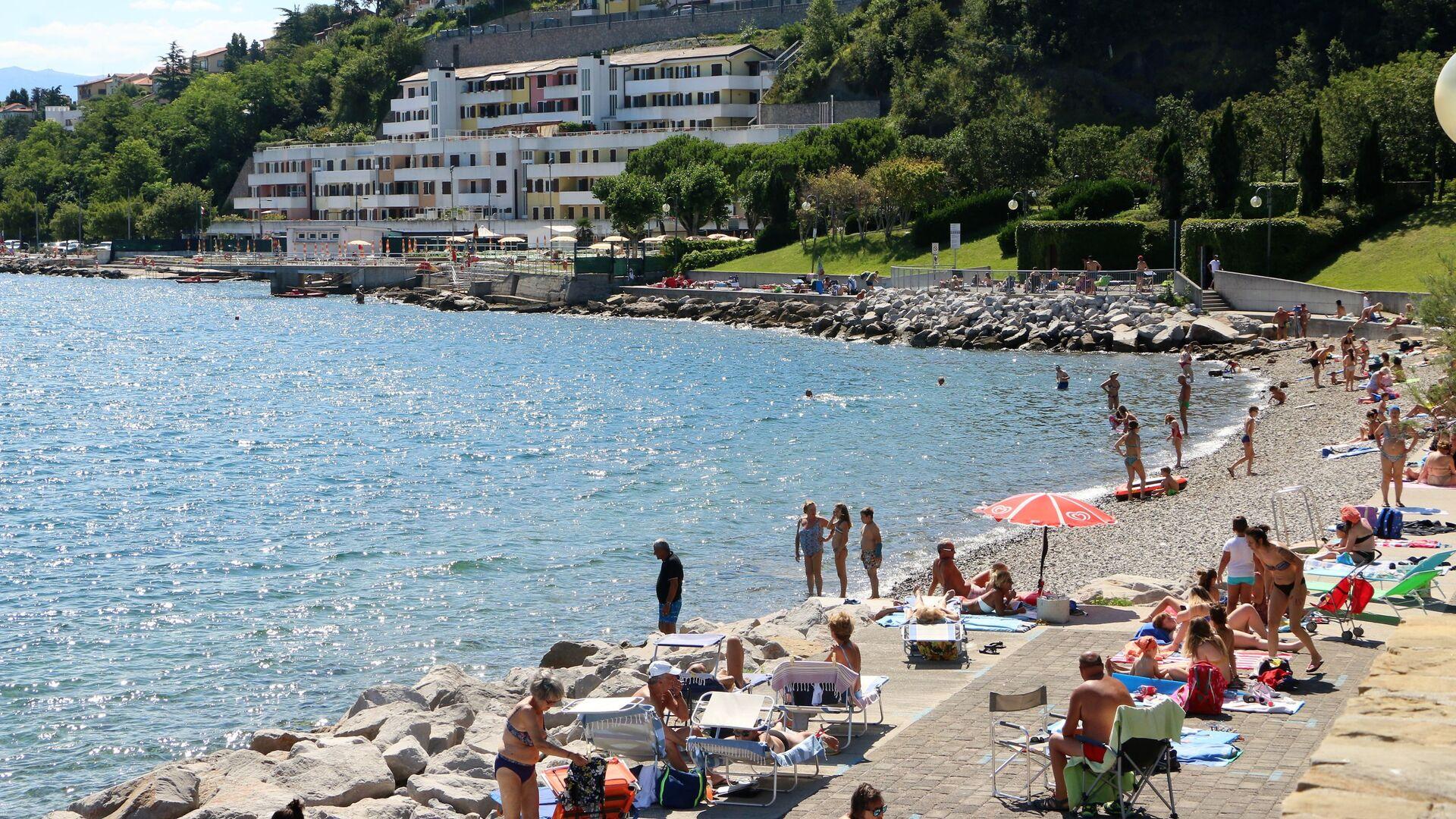 Spiaggia di Muggia - Sputnik Italia, 1920, 11.07.2021