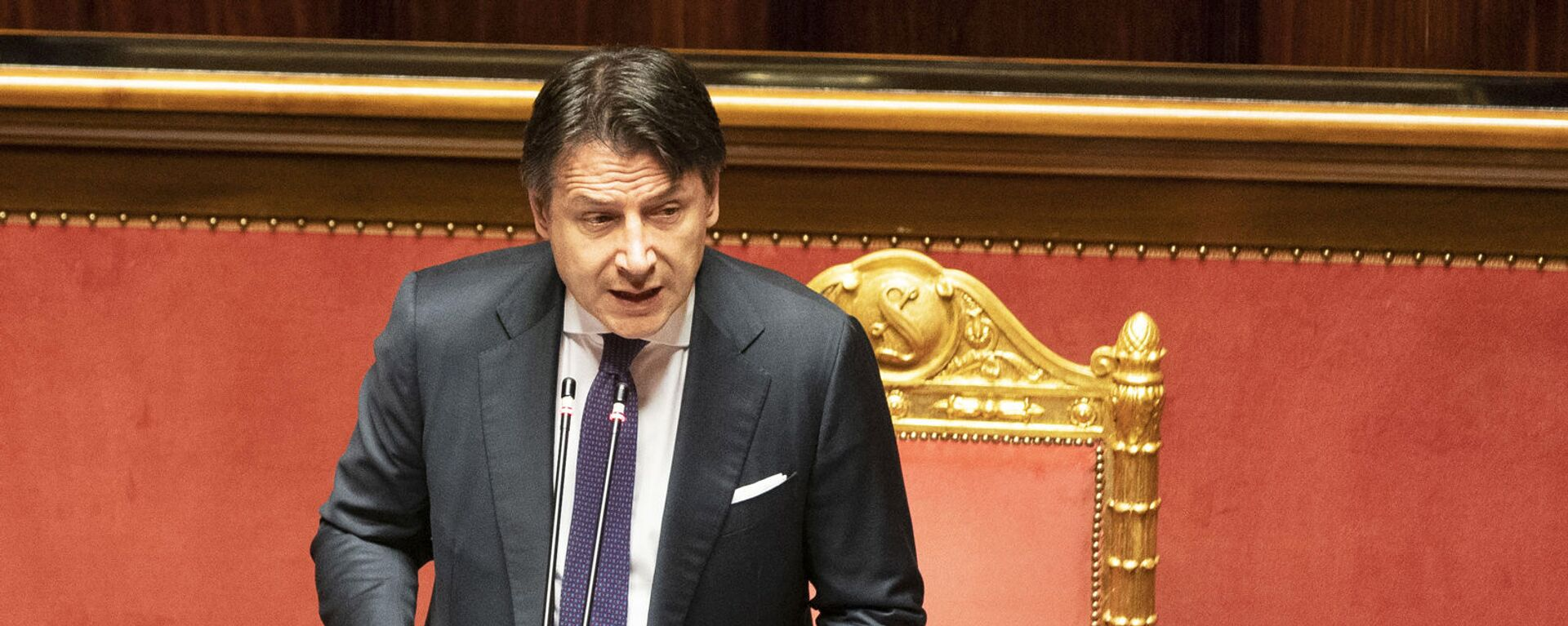 Il Presidente del Consiglio, Giuseppe Conte, in Senato per l'informativa sugli esiti del Consiglio europeo - Sputnik Italia, 1920, 03.09.2021