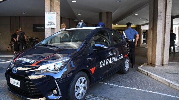 La macchina di carabinieri  - Sputnik Italia