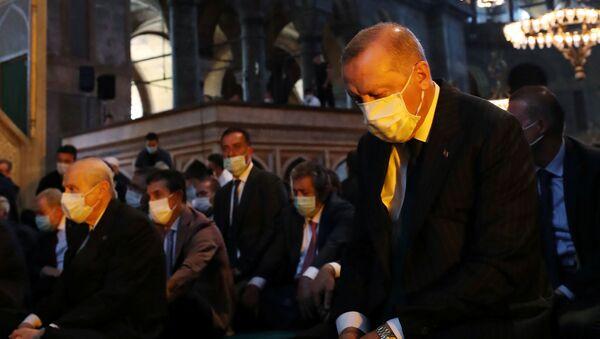 Erdogan alla prima preghiera nella Santa Sofia - Sputnik Italia