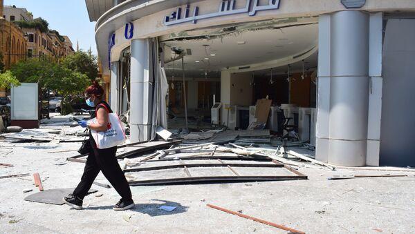 Macerie nelle strade di Beirut all'indomani dell'esplosione - Sputnik Italia