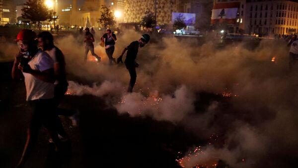 Le proteste a Beirut, l'8 agosto 2020 - Sputnik Italia
