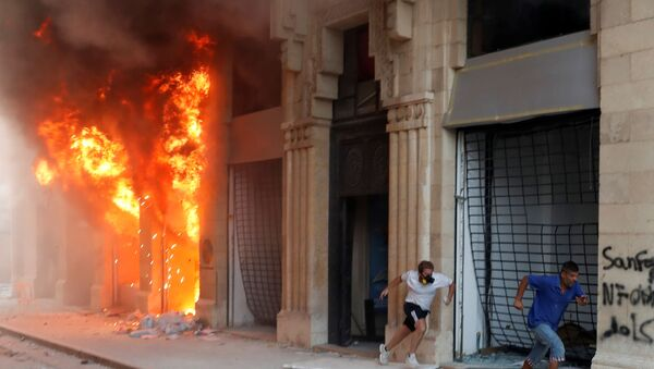 Proteste a Beirut, l'8 agosto 2020 - Sputnik Italia