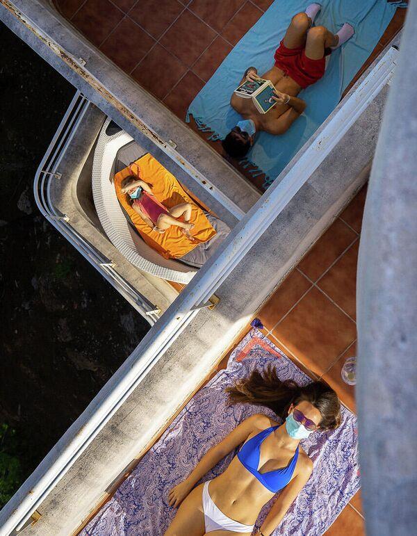 Lo scatto Il confinamento del Coronavirus di Santiago Martinez de Septien, Minimalist Photographer 2020 - Sputnik Italia