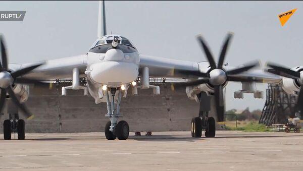 Bombardiere russo Tu-95MSM modernizzato  - Sputnik Italia