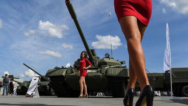 Il carro armato T55A al Forum militare e tecnico internazionale Army-2020 in Russia. - Sputnik Italia