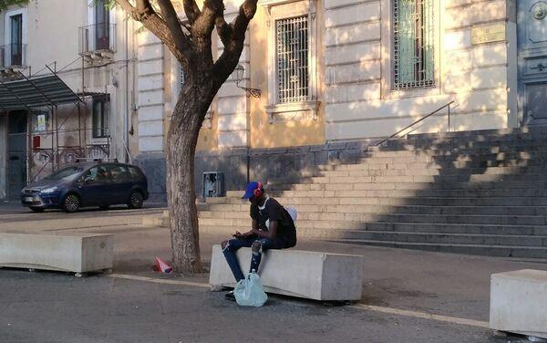 La vita dei migranti nella città di Catania - Sputnik Italia
