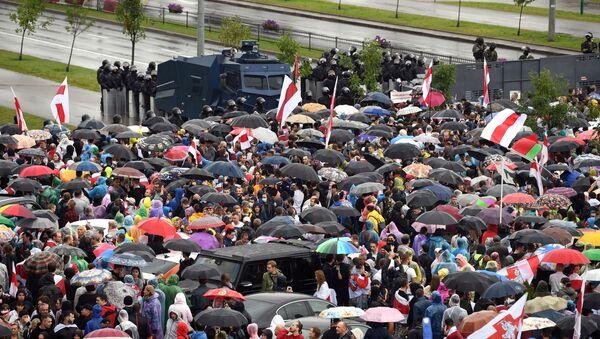 Manifestazione dell'opposizione a Minsk del 6 settembre - Sputnik Italia