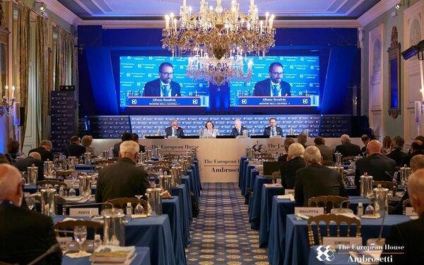 Il forum The European House - Ambrosetti a Cernobbio - Sputnik Italia