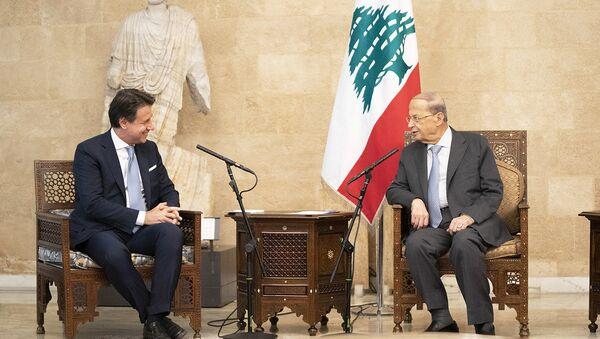 Il Presidente del Consiglio, Giuseppe Conte, con il Presidente della Repubblica Libanese, Michel Aoun, presso il Palazzo Presidenziale di Baabda - Sputnik Italia