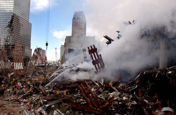 La reazione degli americani non si fece attendere: nove giorni dopo il presidente Bush proclamò War on Terror, la guerra al Terrorismo per difendere gli Stati Uniti contro le minacce terroristiche di Al-Quaeda e le organizzazioni ad essa affiliate.  - Sputnik Italia