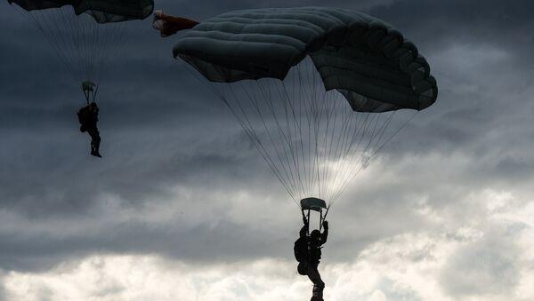 Paracadutisti russi - Sputnik Italia