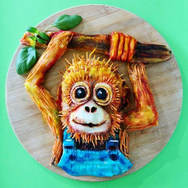 Una scimmia realizzata dai prodotti commestibili da  Jolanda Stokkermans, Belgio  - Sputnik Italia