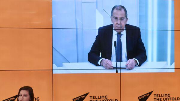 Intervista del ministro degli Esteri russo Sergey Lavrov ai corrispondenti di Sputnik - Sputnik Italia