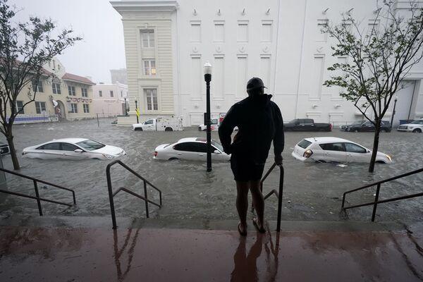 La tempesta Sally provoca inondazioni in Florida, USA - Sputnik Italia