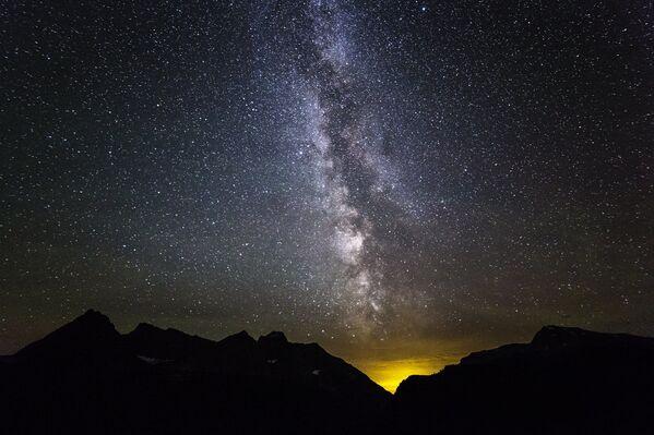Il Parco nazionale dei ghiacciai situato nel Montana, al confine con le provincie canadesi dell'Alberta e della Columbia Britannica, negli Stati Uniti  - Sputnik Italia