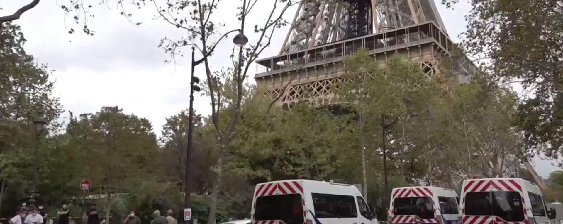 Evacuata la Tour Eiffel: allarme bomba - Sputnik Italia, 1920, 22.09.2021