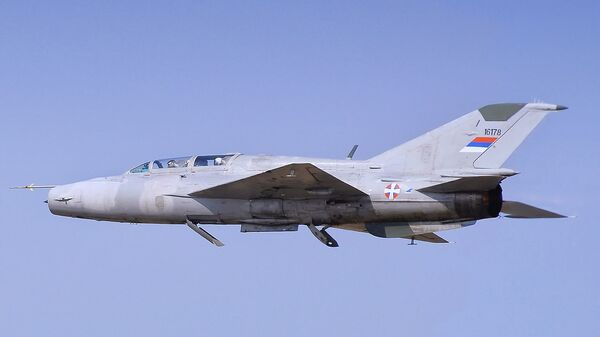MiG-21UM 16178 dell'aeronautica militare serba - Sputnik Italia