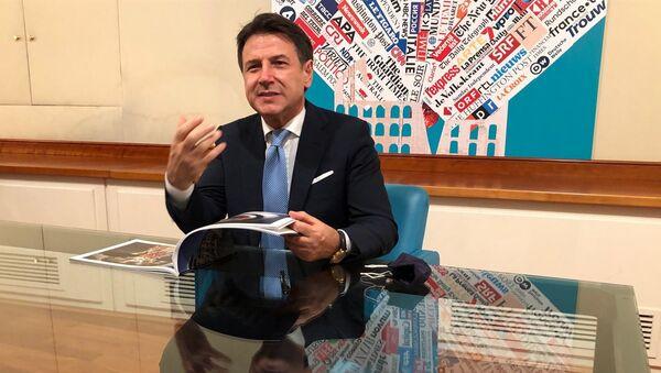 Il presidente Conte all'apertura della mostra Il lockdown italiano visto dalla stampa estera - Sputnik Italia