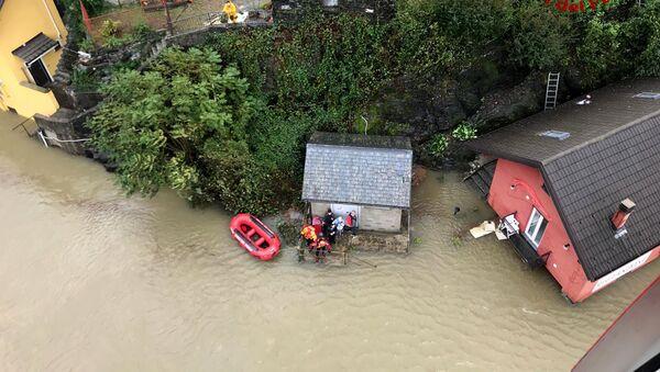 Evacuazione dalla città italiana di Ornavasso a causa dell'alluvione - Sputnik Italia