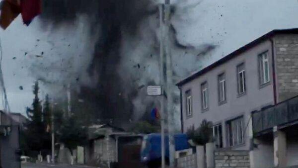 Bombardamenti a Stepanakert - Sputnik Italia
