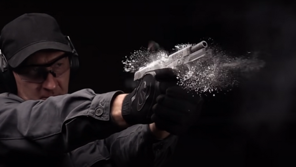 Nuova pistola Kalashnikov - Sputnik Italia