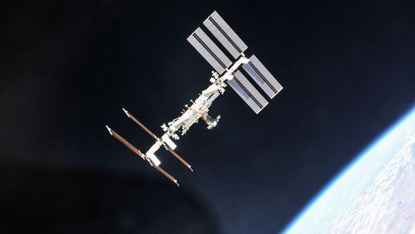 Stazione spaziale internazionale fotografata da una sonda Soyuz  - Sputnik Italia