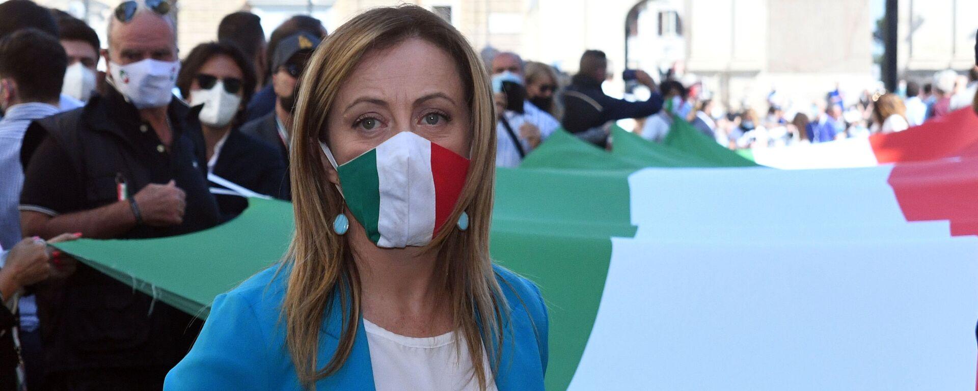 Manifestazione del centro destra con i leader Matteo Salvini, Giorgia Meloni e Antonio Tajani - Sputnik Italia, 1920, 26.09.2021