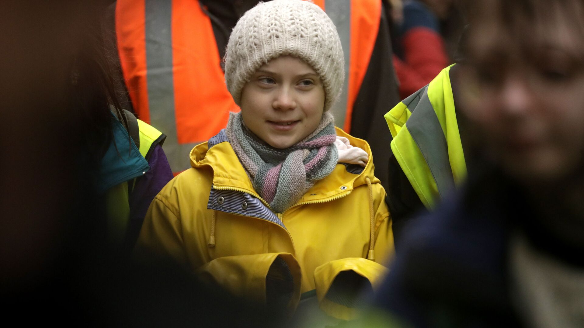 Climate activist Greta Thunberg, from Sweden marches with other demonstrators as she participates in a school strike climate protest in Bristol, south west England, Friday, Feb. 28, 2020. - Sputnik Italia, 1920, 05.03.2021