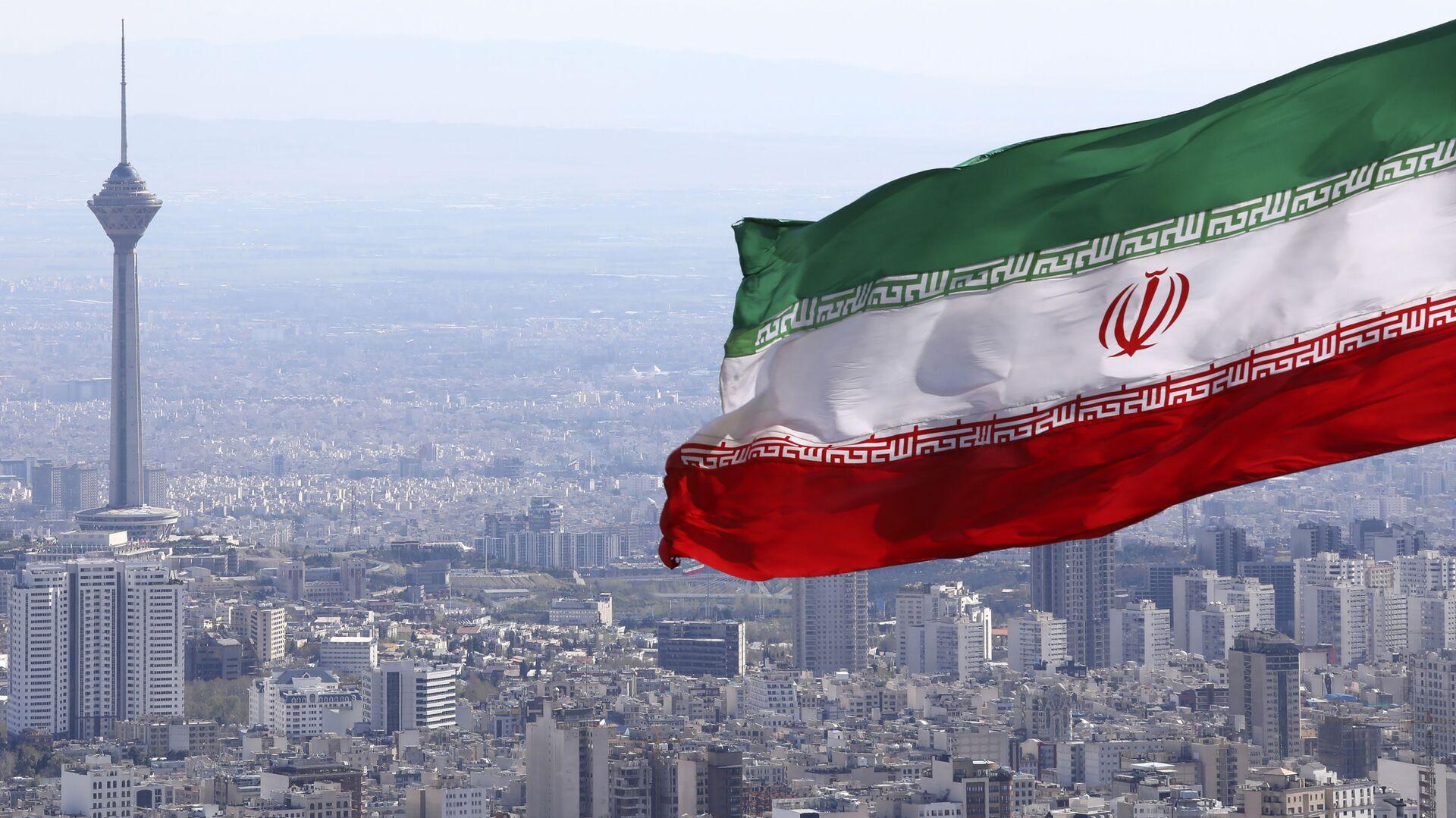 Bandiera iraniana, Iran, Teheran - Sputnik Italia, 1920, 12.04.2021