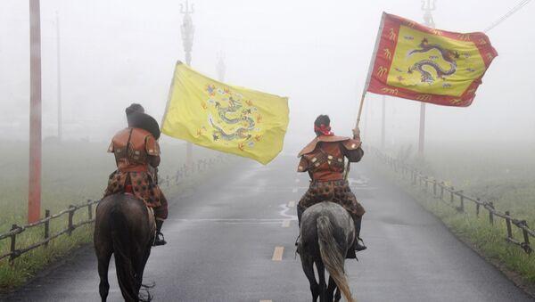 Cavalieri mongoli in Cina - Sputnik Italia