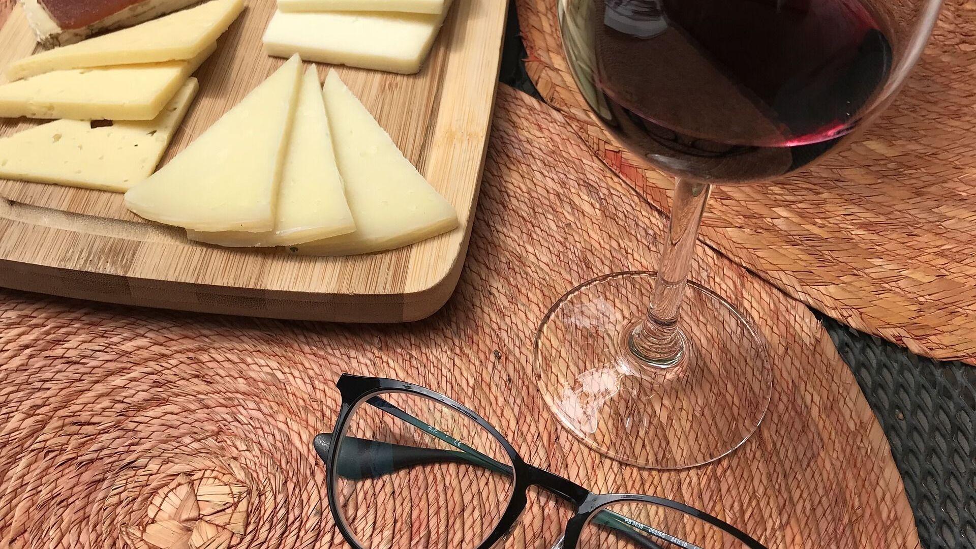 Formaggio e vino - Sputnik Italia, 1920, 27.05.2021