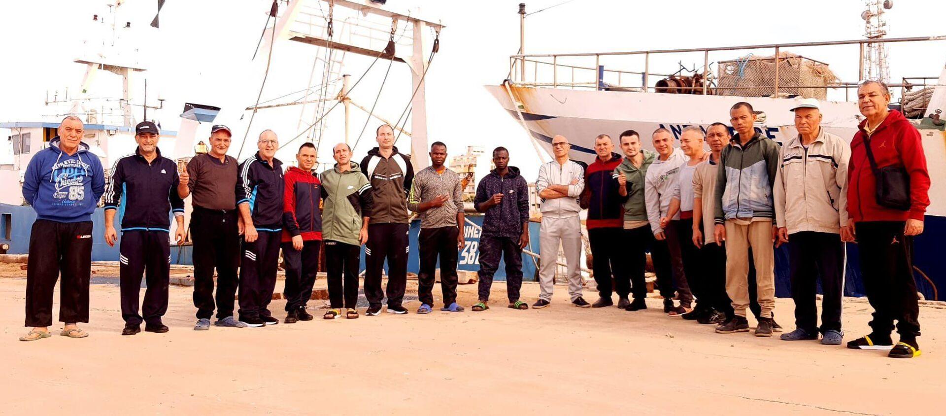 I pescatori italiani liberati a Bengasi - Sputnik Italia, 1920, 20.12.2020