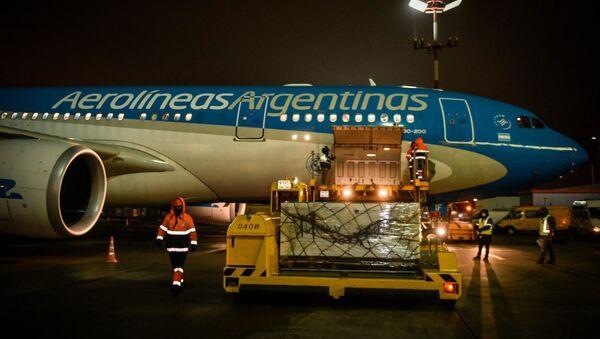 L'aereo con il vaccino russo è partito per l'Argentina  - Sputnik Italia