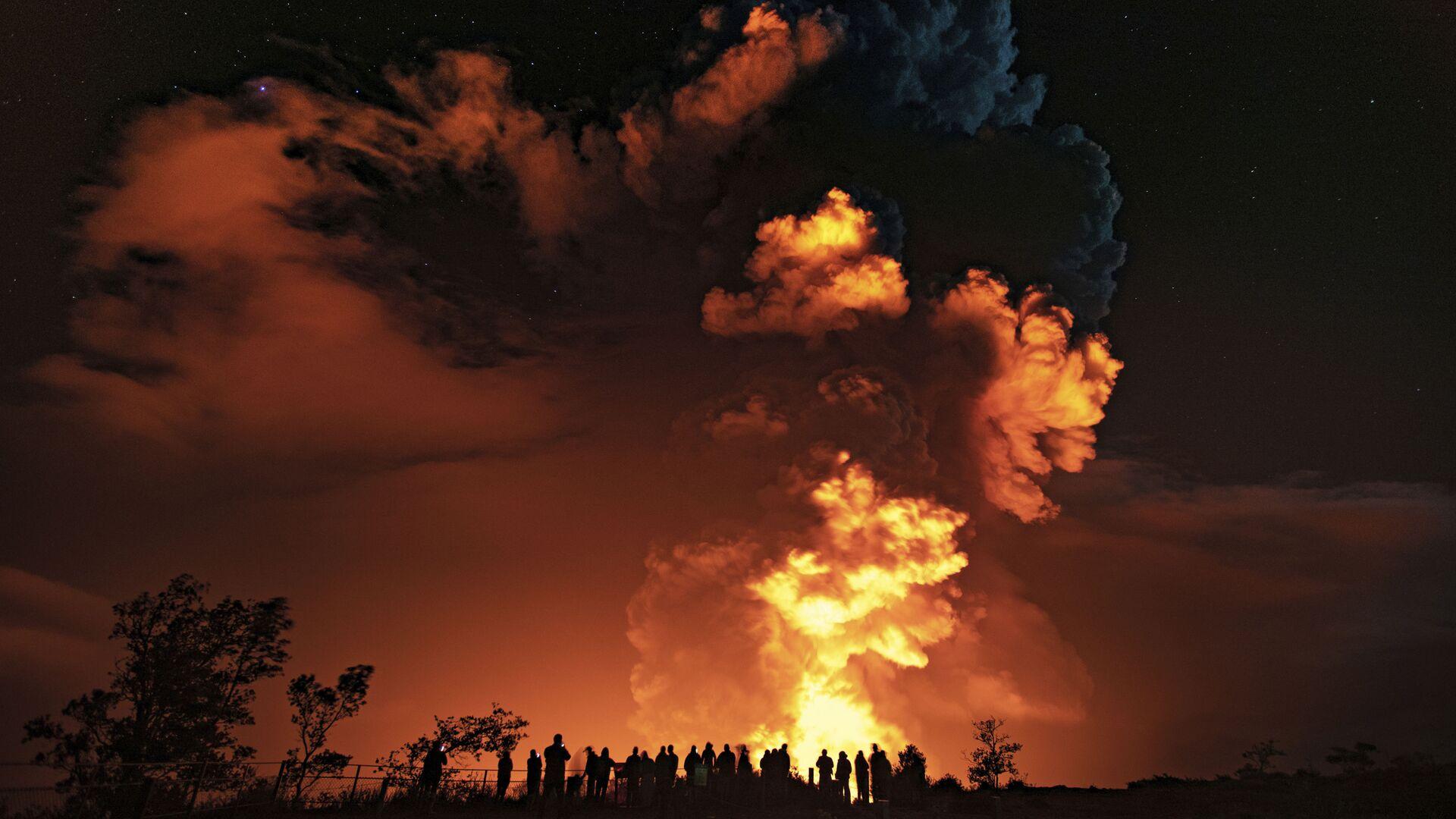 Извержение вулкана Килауэа на Гавайях - Sputnik Italia, 1920, 30.09.2021