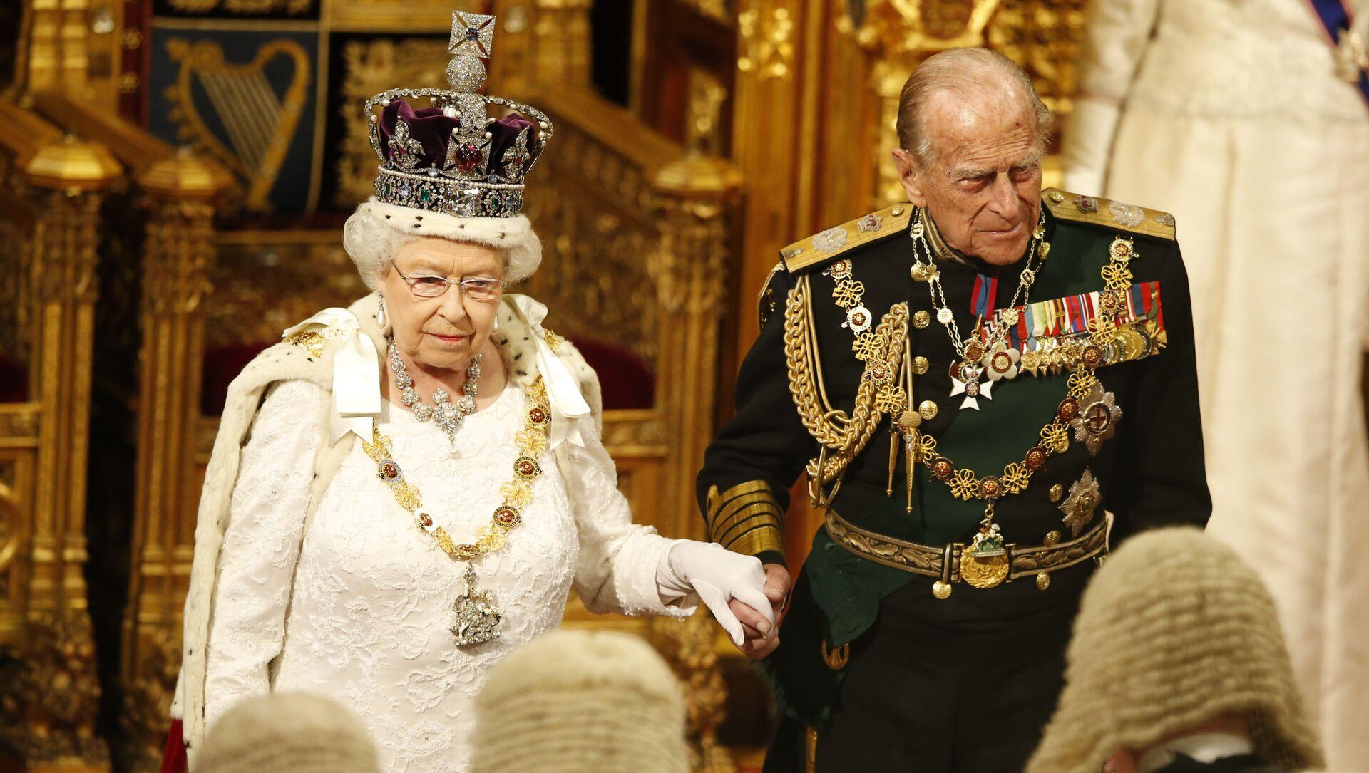 La Regina Elisabetta II e il suo sposo, Filippo di Edimburgo - Sputnik Italia, 1920, 17.02.2021