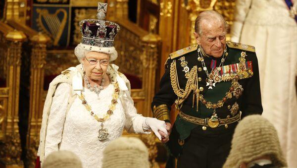 La Regina Elisabetta II e il suo sposo, Filippo di Edimburgo - Sputnik Italia