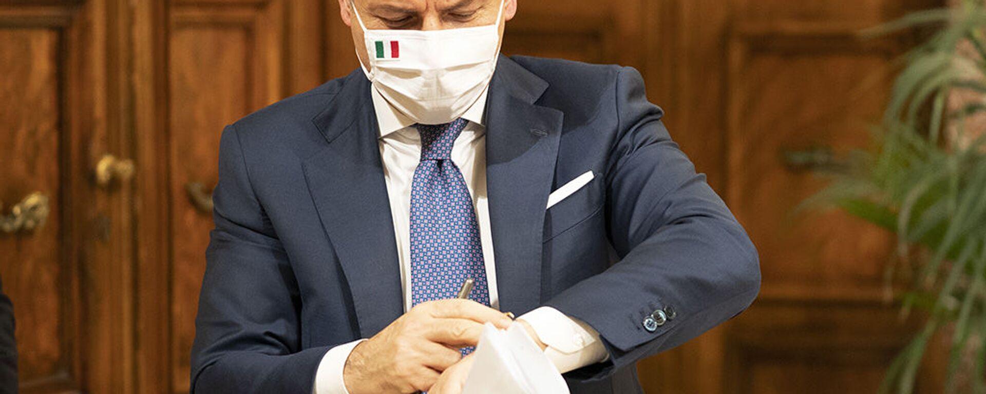 Il presidente del Consiglio Giuseppe Conte - Sputnik Italia, 1920, 01.07.2021