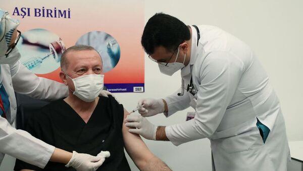 Erdogan si è vaccinato - Sputnik Italia