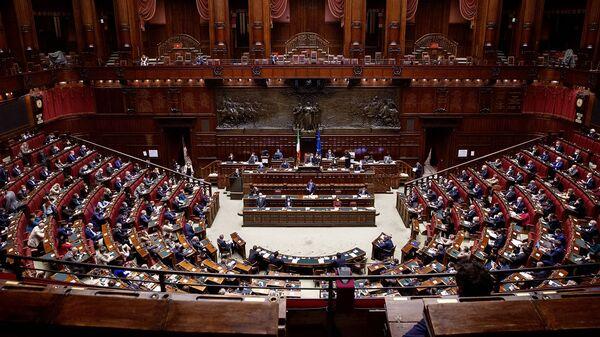 Camera dei Deputati, 02/11/2020 - L'aula nel corso delle comunicazioni del Presidente Conte.  - Sputnik Italia