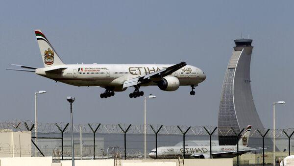 Un aereo di Etihad Airways - Sputnik Italia