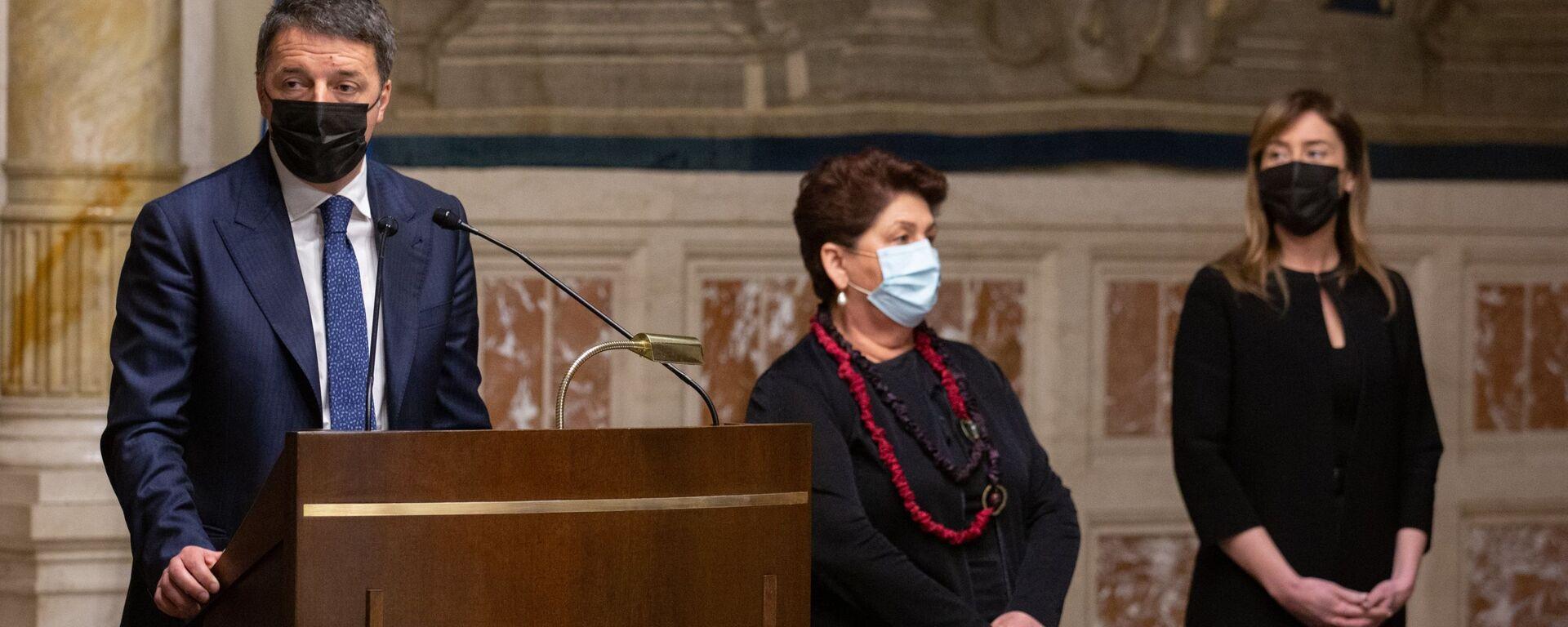 Matteo Renzi al termine delle consultazioni con Roberto Fico - Sputnik Italia, 1920, 07.02.2021