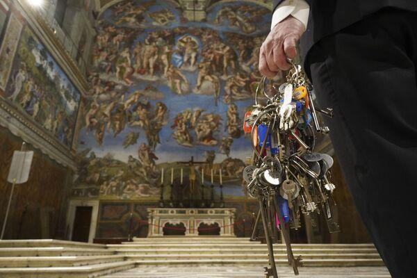 """Dopo la decisione del Governo italiano di riportare la Regione Lazio in """"zona gialla"""", con la possibilità di visitare i musei, la direzione ha confermato l'ipotesi già anticipata a Vatican News e per la quale ci si stava preparando da tempo. - Sputnik Italia"""