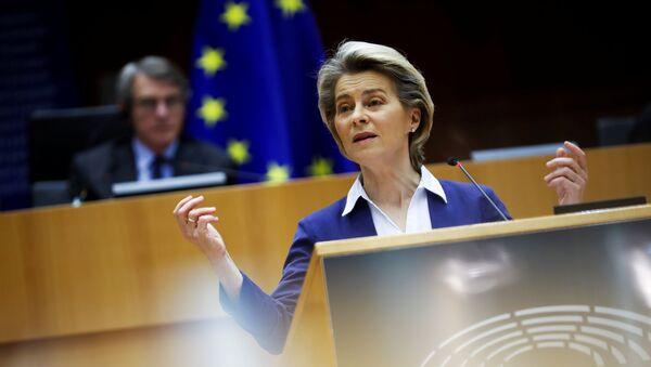 La presidente della Commissione Europea, Ursula von der Leyen - Sputnik Italia